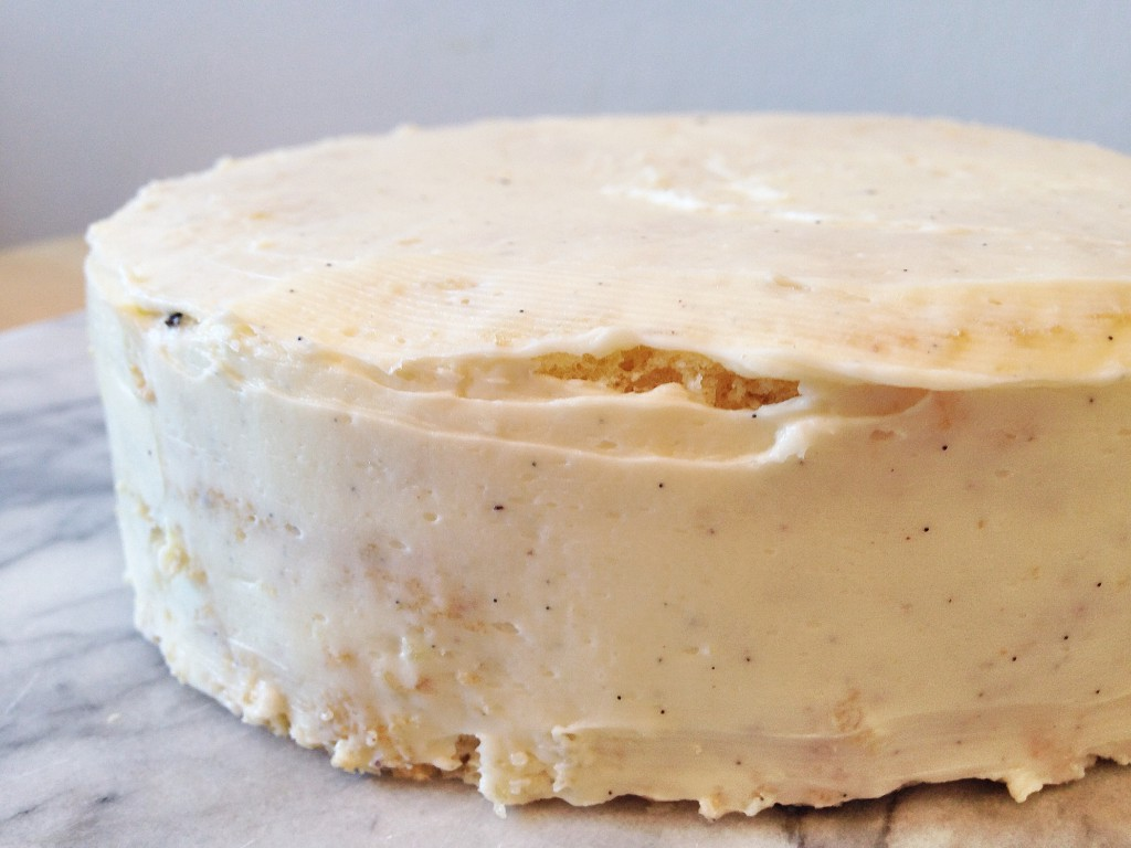 Osterfondanttorte Vanillecreme