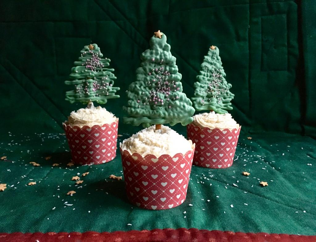 Weihnachtsmuffins: Rezept mit Schokolade und Spekulatius