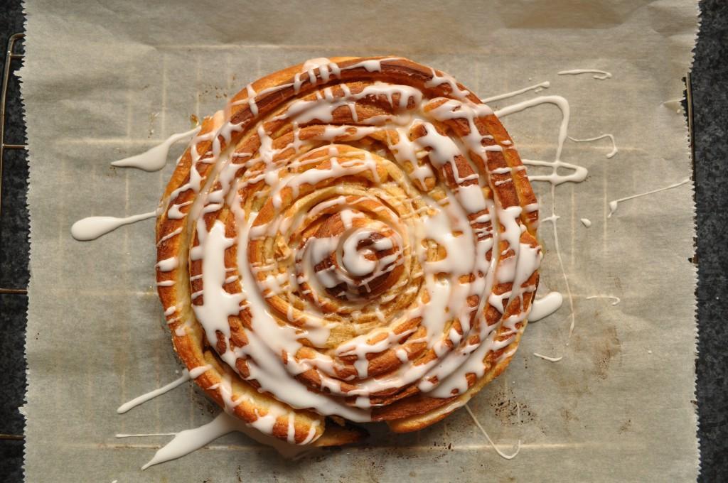 Zimtrollen-Kuchen Schritt 5